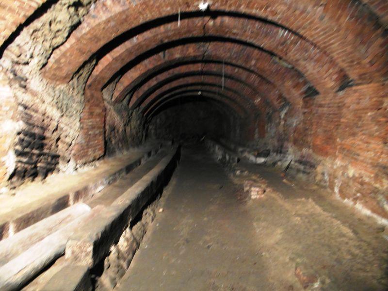 Bunkertunnel Weinberg